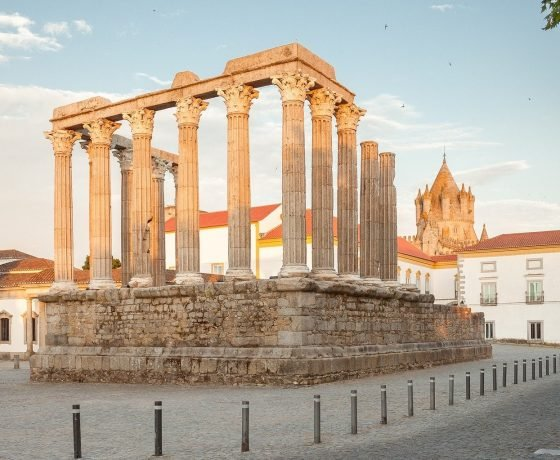 evora temple tour to evora from Lisbon
